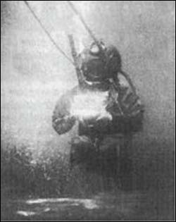 Louis Boutan, first underwater photograph